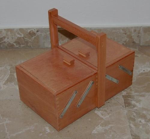 Porta cucito in legno 2 piani scuro santo stino di livenza for Piani di coperta in legno