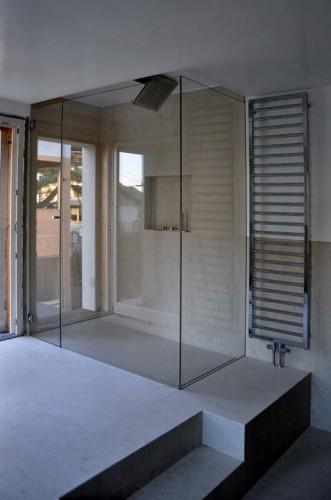 Box doccia su misura in vetro extrachiaro di sicurezza for Vetro sintetico su misura