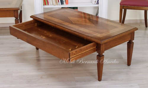 tavolino da salotto in noce e olivo : (ros?)