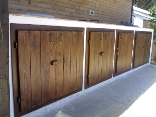 Sportelli x cucina in muratura esterna cinisi for Sportelli legno per cucina muratura