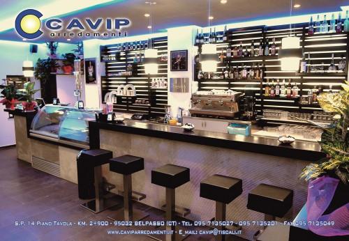 Arredamenti bar ristoranti negozi belpasso for Arredamenti per bar