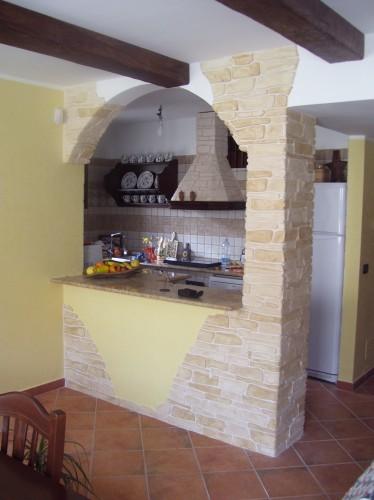 Arco cucina : (Lizzano)