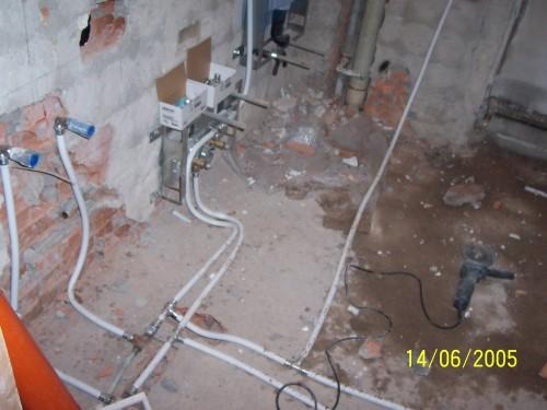 Ristrutturazione cucine bologna - Impianto elettrico in bagno ...