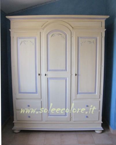 Soleecolore mobili di tutti i colori roma - Di pietro mobili ...