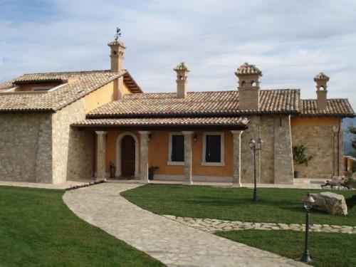 Pietra umbra roma - Rivestimento esterno casa ...