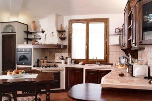 Cucina in finta muratura in legno di massello : (Arluno)