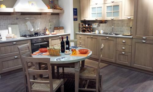 Stosa cucine modello Ontario rovere gessato in offerta outlet ...