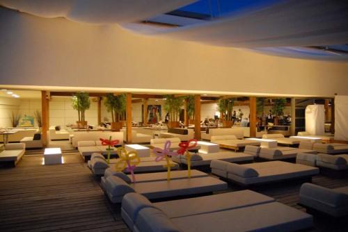 Ristrutturazione e arredamento per ristoranti e locali con for Arredamento discoteca