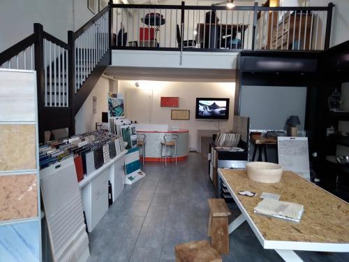 Casa In Bologna Ceramiche.Ambienti24 Ceramiche Gres Porcellanato Marmo Mosaici Lavabi