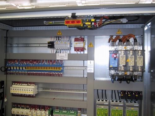 Schemi Quadri Elettrici : Cablaggio e collaudo quadri elettrici : riccione