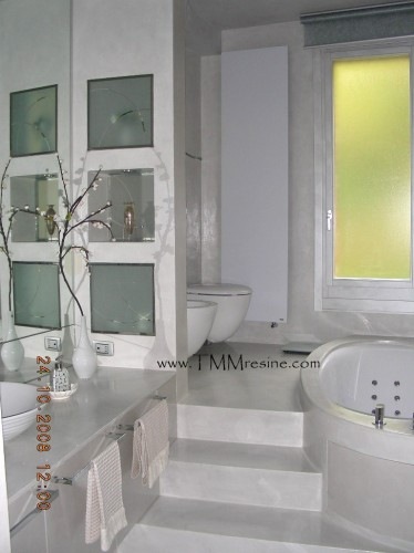 Pavimenti e rivestimenti in resina bagni faenza for Bagni in resina immagini
