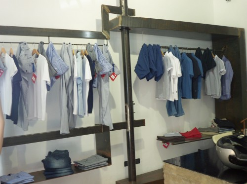 Arredi per negozi di abbigliamento : (Palermo)