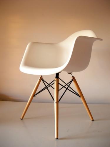 Lotto 04 sedie ispirazione design Bauhaus, in offerta!!! : (Gorgonzola)
