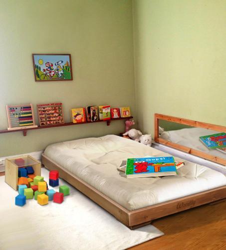 Woodly mobili montessori lesignano de 39 bagni for Mobili montessori
