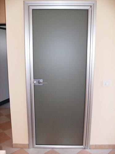 Porte in alluminio e vetro brugine - Pulizia interna termosifoni alluminio ...