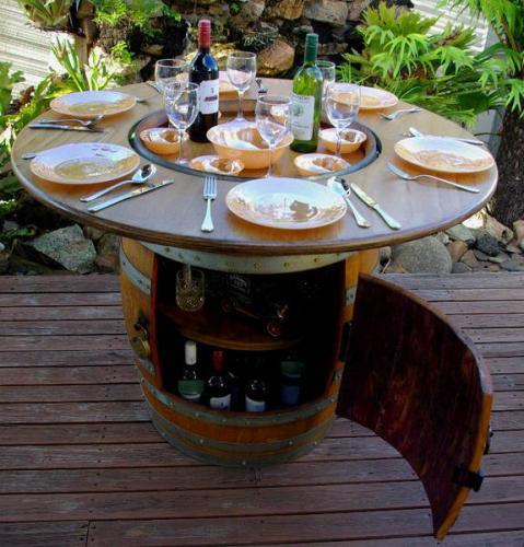 Barrique barrels per arredamento e design napoli for Botti in legno arredamento