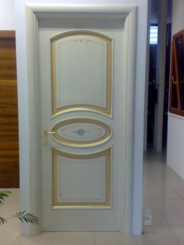 Porta classica stile veneziano matera - Porte color avorio ...
