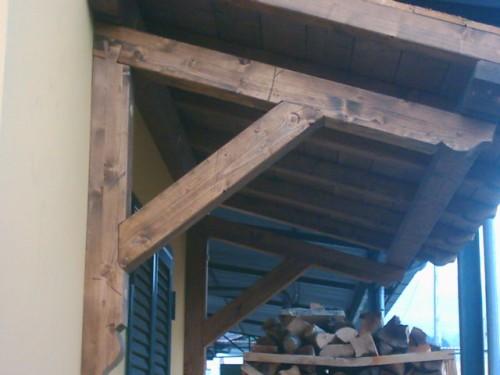 Tettoia a sbalzo san cesareo - Finestre in legno gia pronte ...