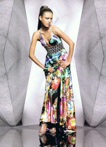 912c68c24a28 UNIQUE FASHION vi offre una grande varietà di abiti da sposa e cerimonia  creati appositamente per una clientela di fascia alta  un marchio  riconnosciuto e ...
