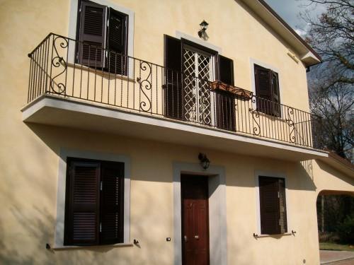 Ringhiera per balcone roma for Idee per coprire ringhiera balcone
