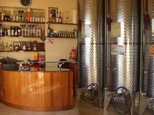 Cantina san michele enoteca vini sfusi fondi for Roner prezzi