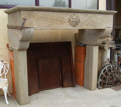 Pietrantica di paolo virano mombello monferrato for Camini antichi legno