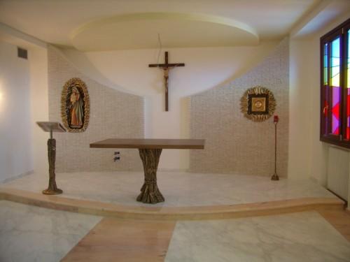 Arredo cappella marino for Arredi cimiteriali