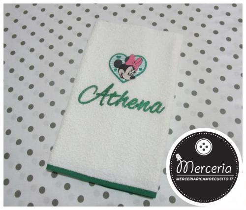 Asciugamano Minnie verde personalizzato con nome