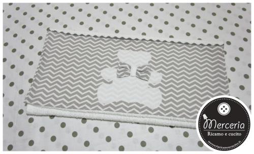 Asciugamano zig-zag con orsetto