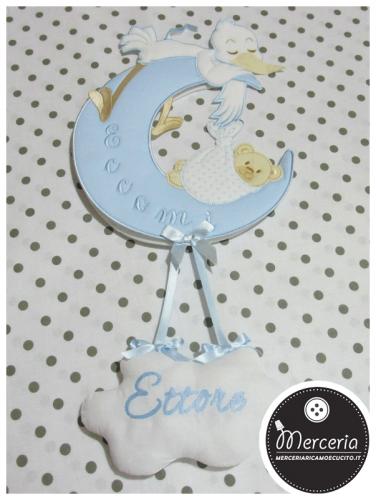 """Fiocco nascita luna celeste """"Eccomi"""" con cicogna e nuvola pendente per """"Ettore"""""""