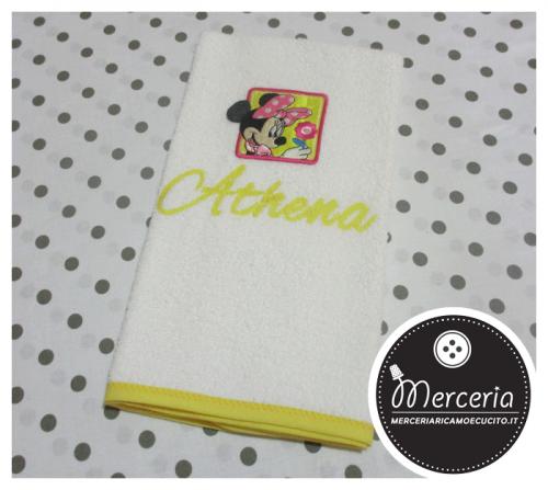 Asciugamano Minnie giallo personalizzato con nome