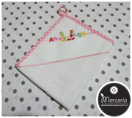 Asciugamano rosa per asilo