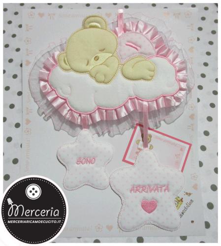 Fiocco nascita rosa orso su nuvola