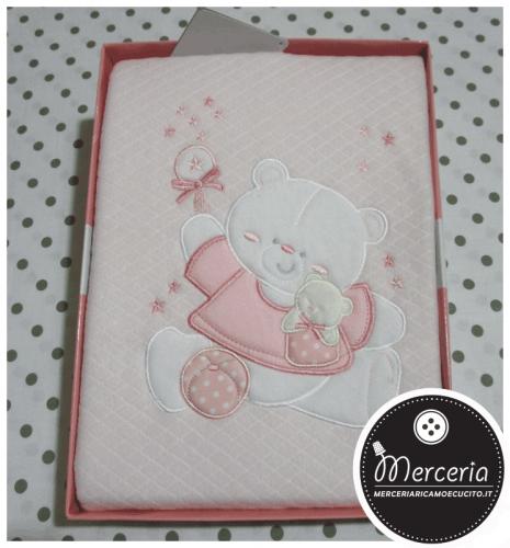 Coperta pile rosa con orsetto per lettino
