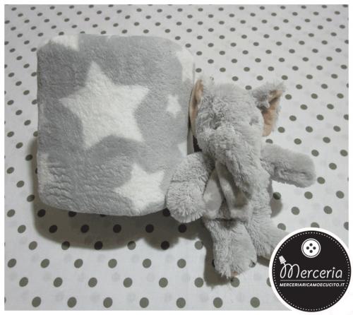 Set Regalo - Copertina in pile e peluche elefantino grigio per neonato