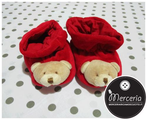 Scarpette rosse con orsetto