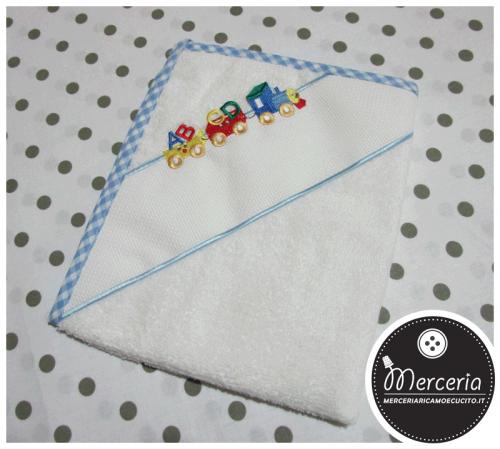 Asciugamano celeste per asilo