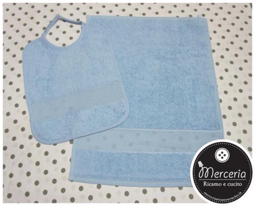 Set per asilo celeste - Asciugamano e bavetta